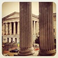 Foto tirada no(a) National Portrait Gallery por James H. em 8/19/2012