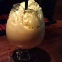 Снимок сделан в Papa's Bar & Grill пользователем Yulcia I. 4/8/2012