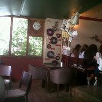 รูปภาพถ่ายที่ Beyoğlu Cafe โดย G S. เมื่อ 8/28/2012