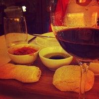 Foto tirada no(a) Duo Restaurante por Ana élle @. em 9/3/2012