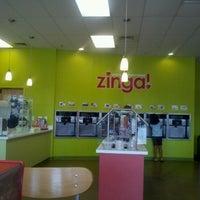 Foto tirada no(a) Zinga por APRIL em 9/1/2012