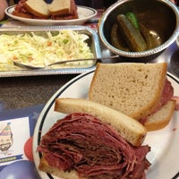 6/18/2012にGreg C.がBen's Kosher Delicatessenで撮った写真