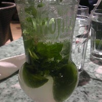 Photo prise au Mojitos Cuban Restaurant par Cynthia R. le3/23/2012