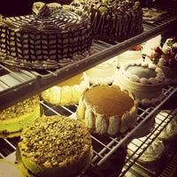 Снимок сделан в Pasticceria Rocco - Pastry Shop and Espresso Cafe пользователем Katherin S. 3/17/2012