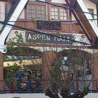 Foto tirada no(a) Aspen Mall por Daniel L. em 5/29/2012