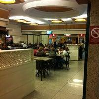 Foto diambil di Boulevard Assis Brasil oleh Daniel A. pada 5/7/2012