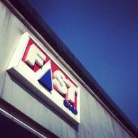 Foto tirada no(a) Fast Shop por Gabriela G. em 8/14/2012