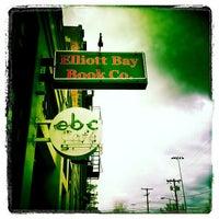 Foto scattata a Elliott Bay Book Company da Liviu B. il 4/29/2012