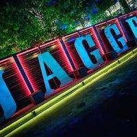 Снимок сделан в Jagger Bar пользователем Елена С. 8/1/2012