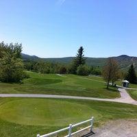 Photo prise au Mount Snow Golf Club par Dan G. le5/18/2012