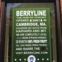 9/1/2012 tarihinde Erica L.ziyaretçi tarafından BerryLine'de çekilen fotoğraf