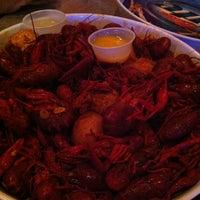 Снимок сделан в SRO Sports Bar & Cafe пользователем Shana C. 3/30/2012