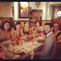 Foto scattata a Tasca Spanish Tapas Restaurant & Bar da Kate Z. il 4/20/2012