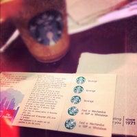 5/3/2012 tarihinde Mark Ryan K.ziyaretçi tarafından Starbucks'de çekilen fotoğraf