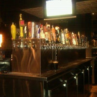 Das Foto wurde bei Henry's 12th Street Tavern von Terrence am 8/26/2012 aufgenommen