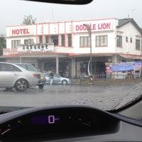 Foto tirada no(a) Double Lion Hotel por Asykin M. em 8/20/2012
