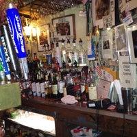 Foto tirada no(a) Jimmy's Corner por Craig S. em 7/25/2012