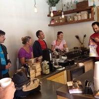 6/7/2012에 Laura P.님이 Grand Coffee에서 찍은 사진