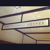 Photo prise au Omotesando Koffee par TakuMa Y. le7/20/2012
