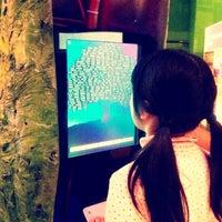 Foto tirada no(a) The Tech Museum of Innovation por Aki Y. em 2/21/2012