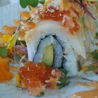 รูปภาพถ่ายที่ Desaki Japanese Restaurant โดย Jo G. เมื่อ 7/15/2012