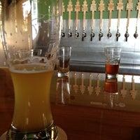 6/29/2012にLance D.がLone Tree Brewery Co.で撮った写真