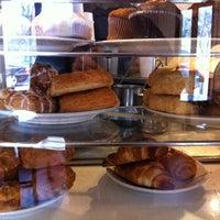 Das Foto wurde bei Caffe Centro von Jason W. am 2/20/2012 aufgenommen