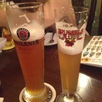 รูปภาพถ่ายที่ แม่มด The Witch Restaurant and Pub โดย Runjang F. เมื่อ 4/27/2012