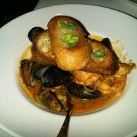 Foto tirada no(a) South City Kitchen por Simone R. em 3/10/2012