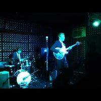 Das Foto wurde bei The Casbah von Tyler M. am 4/25/2012 aufgenommen