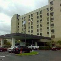 7/13/2012にYau Fung K.がDoubleTree by Hilton Hotel San Francisco Airportで撮った写真