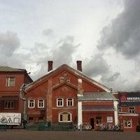รูปภาพถ่ายที่ Winzavod โดย Dari S. เมื่อ 9/7/2012