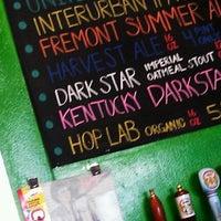7/7/2012 tarihinde T3 H.ziyaretçi tarafından Fremont Brewing Company'de çekilen fotoğraf