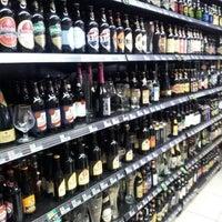 Foto diambil di Mamãe Bebidas oleh Elias S. pada 7/15/2012