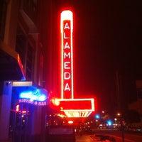 Foto tomada en Alameda Theatre & Cineplex por Jason C. el 2/28/2012