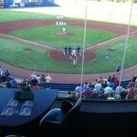 Foto tomada en Cashman Field por Jonathan el 7/19/2012