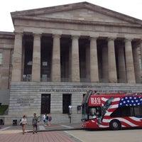 Foto tirada no(a) National Portrait Gallery por Matt em 7/23/2012
