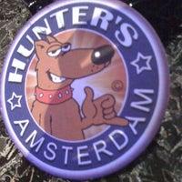 Снимок сделан в Hunter's Coffeeshop пользователем Tibor P. 6/13/2012