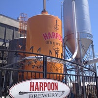 Снимок сделан в Harpoon Brewery пользователем Alison W. 7/21/2012