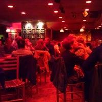 Photo prise au Punch Line Comedy Club par ArtsVegas V. le9/3/2012