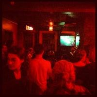 Foto scattata a Soft Spot Bar da Ron V. il 9/3/2012