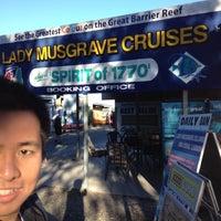 Das Foto wurde bei Lady Musgrave Cruises von Kenny S. am 7/2/2012 aufgenommen