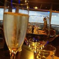 Foto tirada no(a) Restaurant 58 Tour Eiffel por Elaine D. em 2/28/2012
