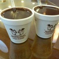 2/25/2012 tarihinde Thiago P.ziyaretçi tarafından Chocolate Montanhês'de çekilen fotoğraf