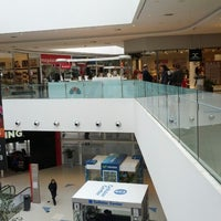 Foto scattata a Costa Urbana Shopping da Cristian N. il 8/26/2012