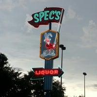 Снимок сделан в Spec's Wines, Spirits & Finer Foods пользователем Soleil W. 8/18/2012