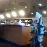 Photo prise au Starbucks par William D. le9/13/2012