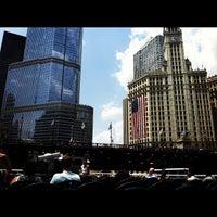 Foto tomada en Chicago Architecture Foundation River Cruise por Thomas S. el 7/7/2012