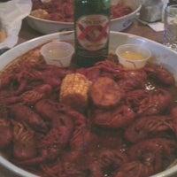 Снимок сделан в SRO Sports Bar & Cafe пользователем Lisa M. 2/11/2012