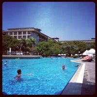 Photo prise au Papillon Ayscha Hotel Resort & Spa par Celal S. le8/8/2012